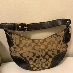 Coach mini signature shoulder bag size 11x7